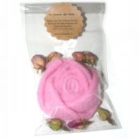 Im Namen der Rose - Filzrose mit Rosen..