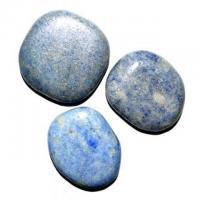 Blauquarz flache Form ca. 3 - 4,5 cm H..