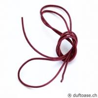 Lederband weinrot 1,5 mm, 0,8 m lang